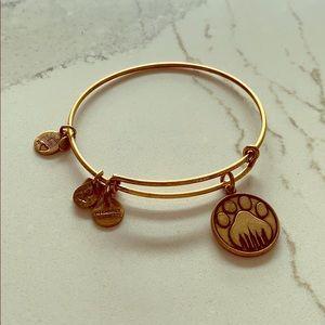 Alex and Ani, Bear Paw Bracelet 🐾✨